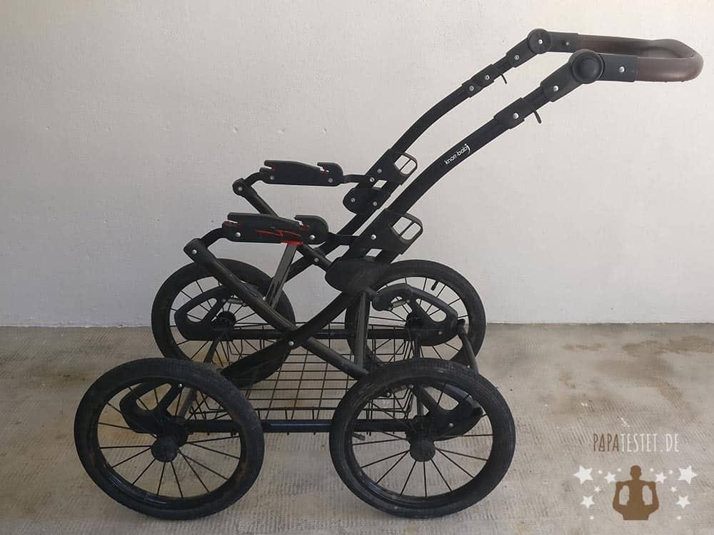 Das reine Aluminium-Gestell des Knorr Classico Kimbikinderwagen.