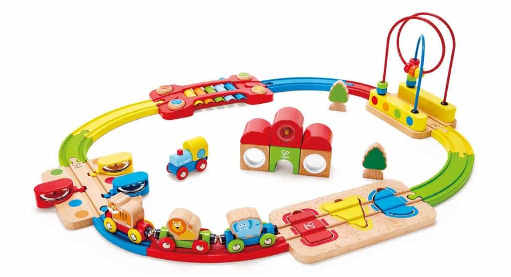 Die Hape Holzeisenbahn für Babys