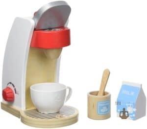 Kinderküchen Zubehör aus Holz wie die Kaffeemaschine