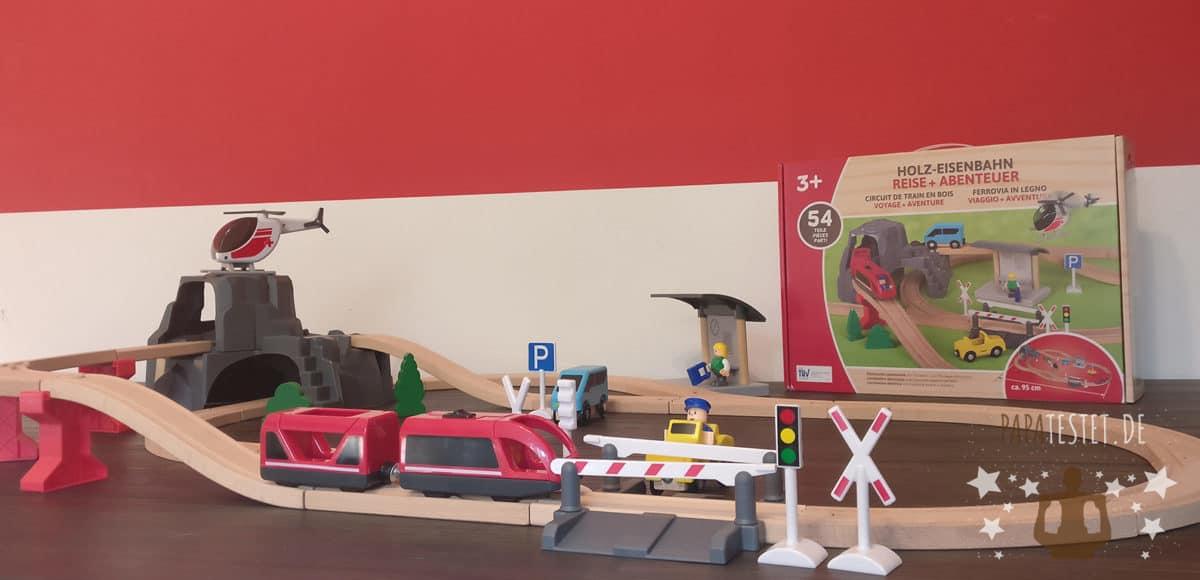 Die Playland Holzeisenbahn von Aldi vollständig aufgebaut
