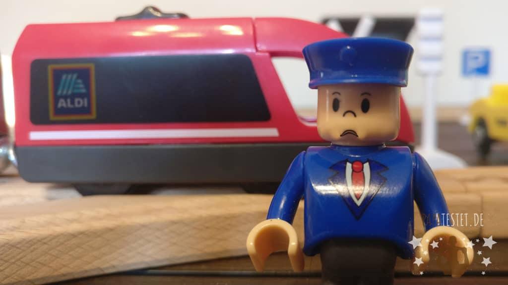 Die Playland Holzeisenbahn von Aldi im Test