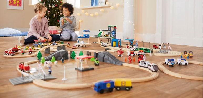 Holzeisenbahn Test Papa Sucht Die Beste Eisenbahn Aus Holz