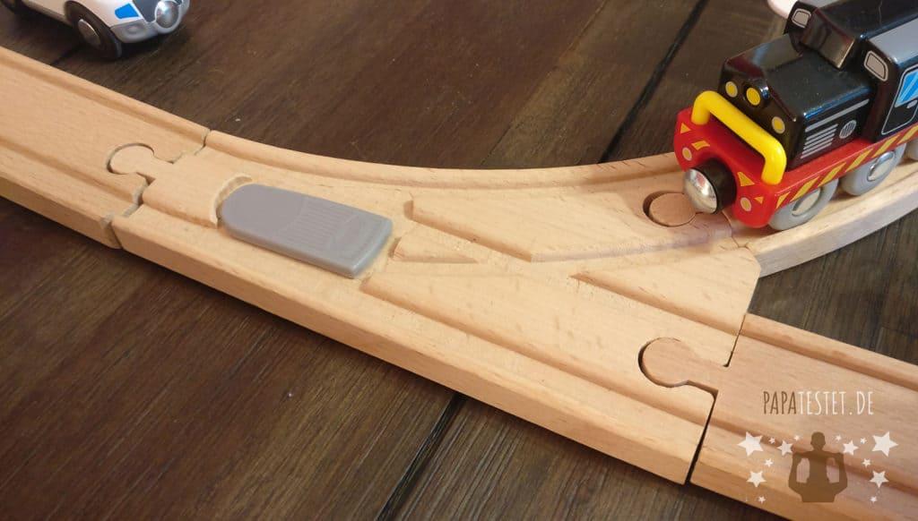 Verstellbare Weiche von der Playtive Holzeisenbahn von Lidl