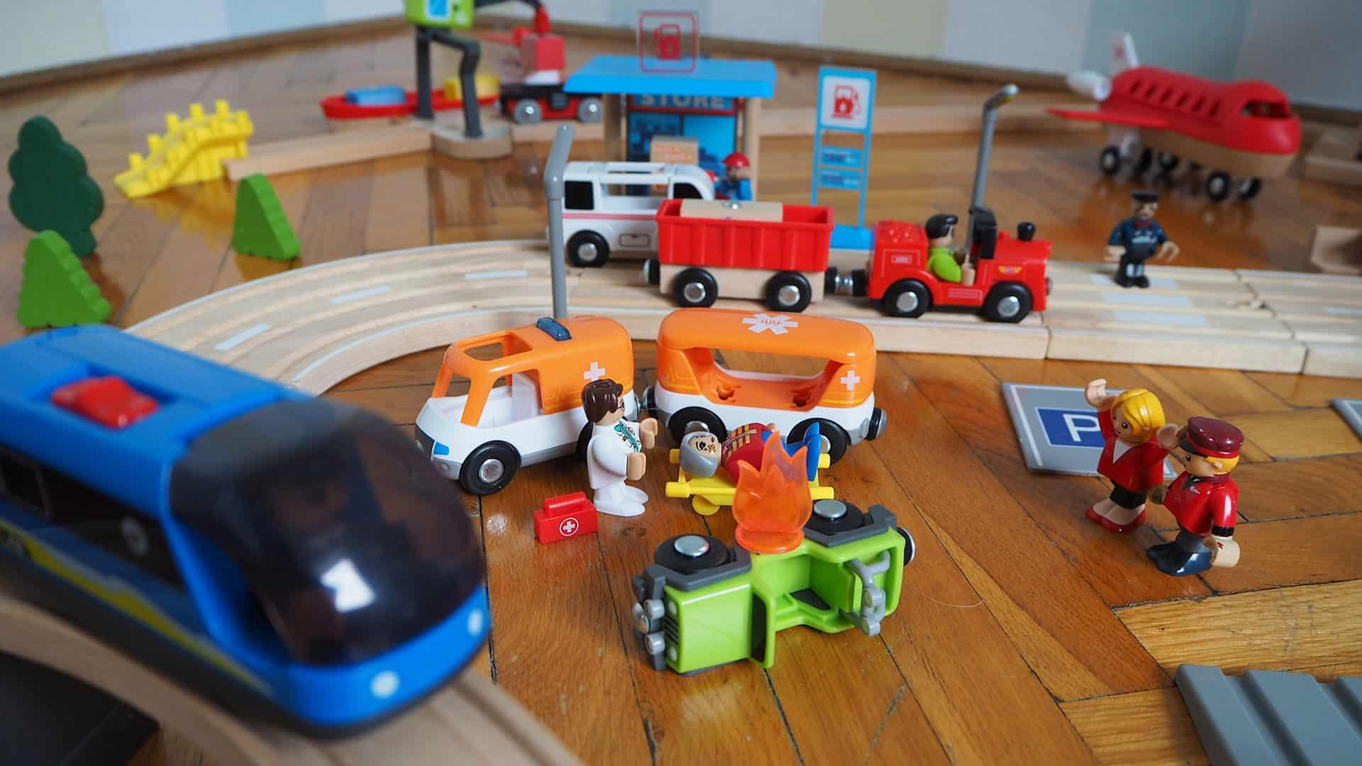 Krankenwagen, Tankstelle und vieles weitere ZUbehör